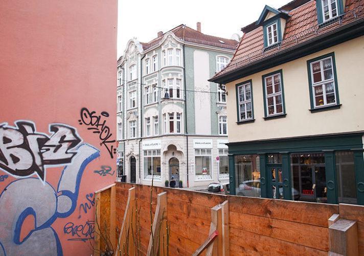 Wohn- und Geschäftshaus Lange Brücke 23 und Marstallstraße 2 Erfurt